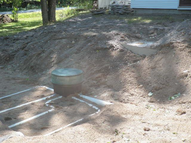 septic system with network of pipes